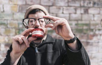風俗嬢が歯磨きを拒否する面倒くさがり客にできる5つの対処法
