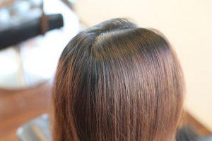 プリンな髪の毛